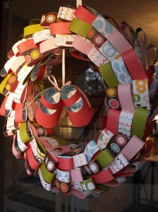paper loop wreath